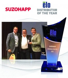 Maarten Bais, EMEA Vice president of ELO, presents the distributor of the year award 2015 to SUZOHAPP's Harald Wagemaker and Goran Sovilj