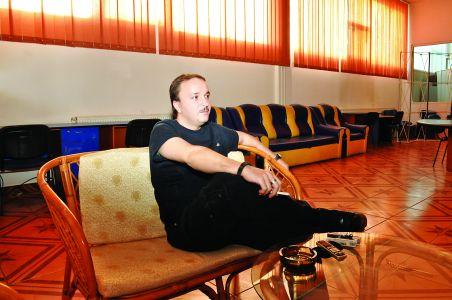 """Andy Stănescu, realizator la Sport Total FM: """" Gambling-ul, o sursă fabuloasă de venit în țările civilizate, ar putea aduce bani României prin asociere cu turismul"""""""