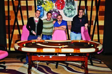 Prima echipă de poker profesionist din România