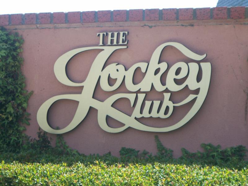 Jockey Club propune interzicerea totală a medicamentelor