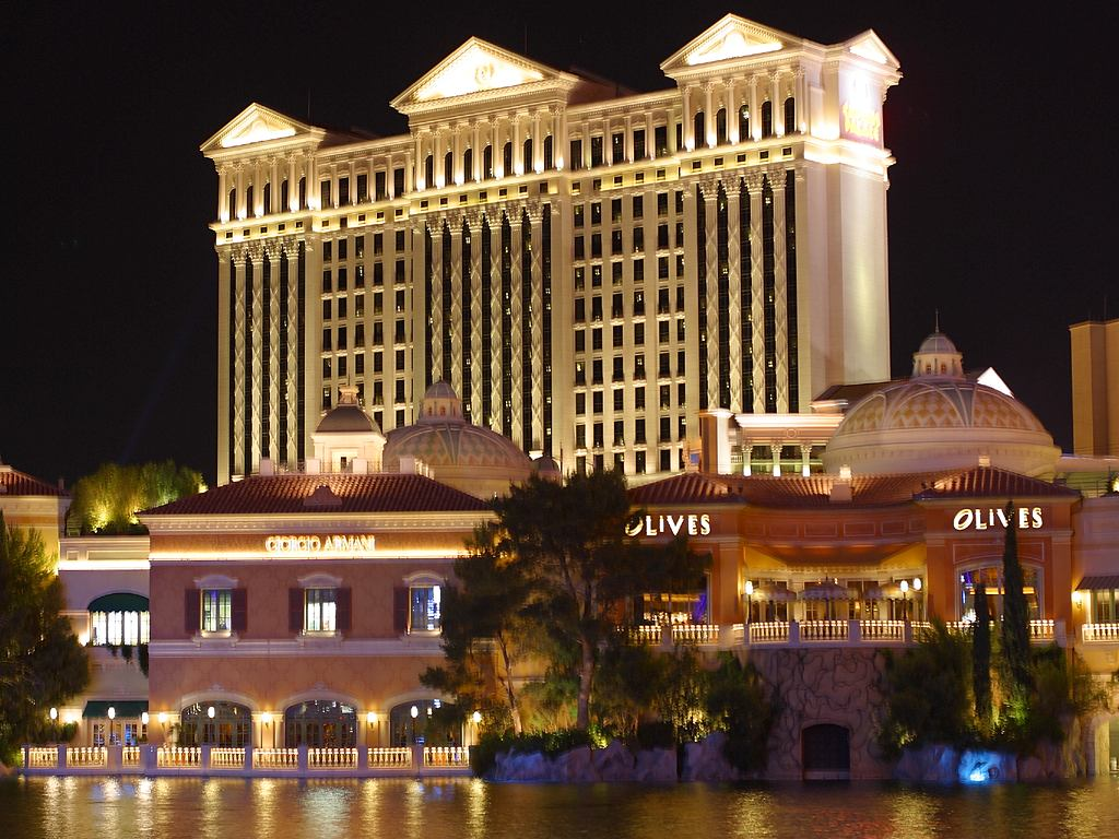 Caesars fined $100,000 for under-21 gambling