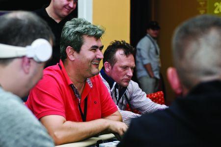 """Narcis Olaru: """"Important la poker nu este să ai cărți bune, ci să le joci bine pe cele care vin"""""""