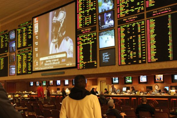 Gamblers bet record $558 Million at Nevada sports books in September