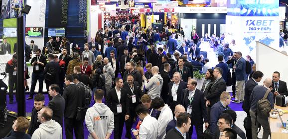 """Kate Chambers, Managing Director, Clarion Gaming:  """"ICE London este acum un eveniment holistic care deservește toate nevoile industriei internaționale de jocuri de noroc"""""""