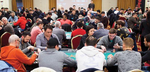 Live versus online – competiție, sau simbioză? Studiu de caz: pokerul