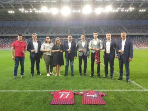 (Română) Get's Bet este noul sponsor principal al clubului de fotbal Steaua București